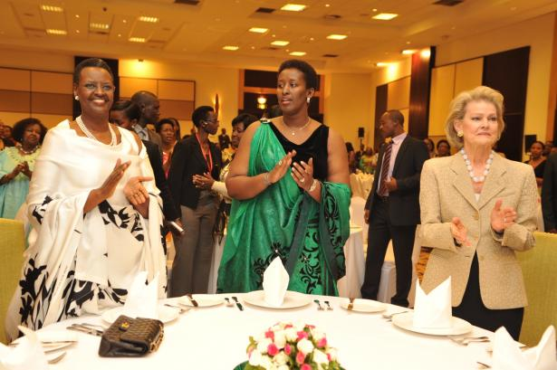 First Lady Janet Museveni, Jeannette Kagame and Mrs. Grace Neslon singing praise