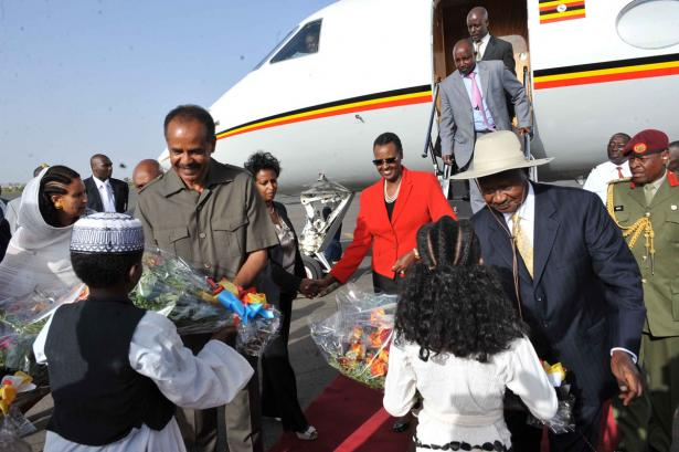 President Isaias Afewerki (left) welcoming President Museveni